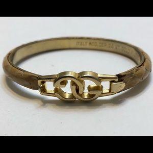 VINTAGE 1970s GUCCI Clasp Bracelet 24K Gold Plated